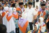 Lepas CJH Kaltara, Gubernur Berpesan Jaga Kebersamaan