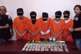 Tim  Satresnarkoba Polres Bitung tangkap pengedar obat keras
