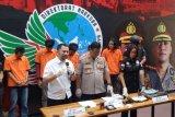 Polisi bekuk lima pemasok sabu-sabu terhadap Nunung