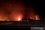 Hutama Karya : Arus kendaraan Tol Palindra tidak terganggu kebakaran lahan
