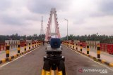 Load test the cable bridge stayed icon of Dharmasraya