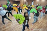Peserta Siswa Mengenal Nusantara Gorontalo belajar tarian Saronde