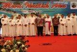 Gubernur Ali Mazi hadiri pentahbisan pastor di Kendari