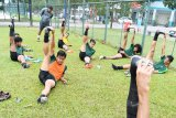 Timnas U-18 tempuh 90 menit perjalanan untuk shalat Ird