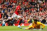 Manchester United hantam Chelsea 4-0