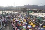 Hujan deras guyur Mina, tenda jemaah Indonesia aman