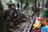 Pemkab Sleman menertibkan PKL di kawasan Taman Denggung