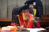 Kapolri Dewan Penguji Promosi Doktor Ilmu Komunikasi Boy Rafli Amar