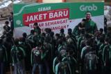 GrabBike sebar semangat perjuangan dengan bagikan jaket baru