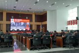 Rapat Paripurna DPRD Kota Bogor Jawa Barat, dengan acara Mendengarkan Pidato Kenegaraan Presiden RI dalam rangka Peringatan HUT ke-74 RI tahun 2019, di Bogor, Jumat (16/08/19).(Megapolitan.Antaranews.Com/Foto:: M.Tohamsksun).