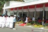 Sultan memimpin Upacara HUT Kemerdekaan di Gedung Agung Yogyakarta