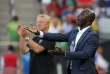 Nigeria terkejut FIFA hukum seumur hidup eks pelatihnya