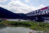 Pengda FAJI Jateng gelar upacara HUT RI di Sungai Serayu