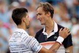 Kalahkan Goffin, Medvedev raih juara Cincinnati Masters