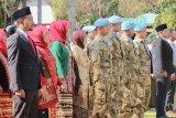 Di tengah kesibukan jaga perdamaian, Pasukan perdamaian Indonesia tetap ikuti upacara HUT RI