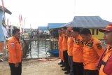Basarnas lanjutkan pencarian korban hilang kapal terbakar