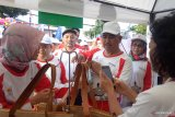 Tiga BUMN melaksanakan jalan santai bersama warga Tarakan