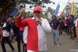 Rektor Universitas Borneo bersama 2.500 mahasiswa ikut pawai pembangunan