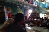 Memantik budaya literasi di Tanah Ombak