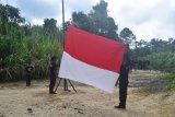 Relawan Monga'e gelar upacara HUT RI di Rano I Tole sekaligus ekspedisi
