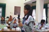 Peserta SMN Sulawesi Utara kagumi budaya Jawa