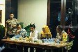Khofifah siap menjadi tuan rumah silaturahim selesaikan persoalan Papua