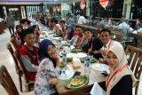 Wakil Wali Kota Jayapura menjamu peserta SMN Sulsel