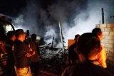 Tiga rumah lansia di Cupak terbakar, pemilik rumah sempat dievakuasi