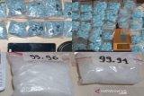 Polisi gagalkan peredaran ribuan butir pil ekstasi