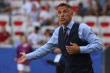 Phil Neville serukan komunitas sepak bola boikot medsos