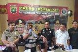 Petualangan bandar narkoba Kampung Ambon ini berakhir setelah diterjang timah panas polisi