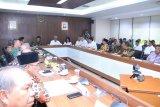 Kementerian PUPR serahkan aset  Rp92,6 miliar ke Pemkot Palembang