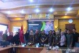 Kabid Media dan Humas Kejagung di Padang, ajak generasi millenial sadar hukum