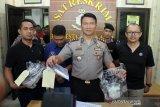 Pelaku pembunuhan motif cemburu diperiksa polisi