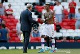 Hodgson ungkap rahasia mempecundangi MU