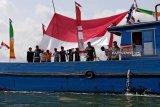Pawai bendera merah putih di perbatasan perairan Indonesia dengan Malaysia