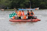 Bupati Lutim minta perahu tradisional