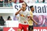 Leipzig permalukan Frankfurt 2-1