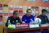 Pelatih Robert Alberts berang karena Persib cuma imbang lawan Badak Lampung