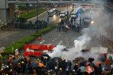 Kerusuhan protes anti-Pemerintah Hong Kong jadi lebih serius tapi pemerintah mengendalikan
