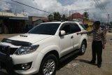 Pecahkan kaca mobil, uang Rp100 Juta yang baru ditarik dari bank hilang