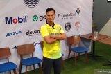 Persib Bandung kenalkan Dhika sebagai kiper baru