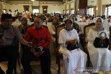 Anak yatim di Solo ikuti doa untuk Indonesia