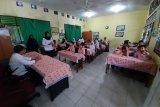 Jaksa kawal program seragam sekolah gratis Tanjungpinang