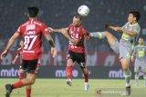 Bekuk Borneo 2-1, Bali United kokoh di puncak klasemen