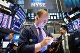 Wall Street ditutup turun  tertekan kekhawatiran resesi dan data yang suram