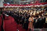 50 anggota DPRD Batam dilantik