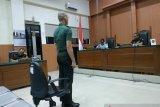 Oknum TNI pembunuh dan mutilasi kasir minimarket menangis saat sampaikan pledoi