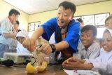 Jepang kenalkan cara buat energi listrik dari buah jeruk