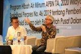 Bupati Lutim pembicara lokakarya Peminatan Program Air Minum di Bali